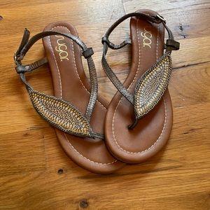 GUC leaf Sugar sandals!
